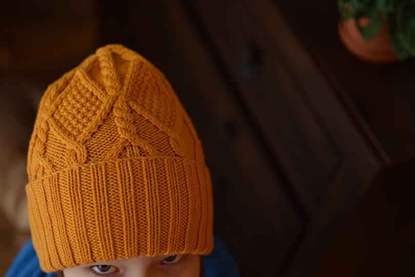 Megzta kepurė iš KATIA Merino 100% mezgimo siūlų